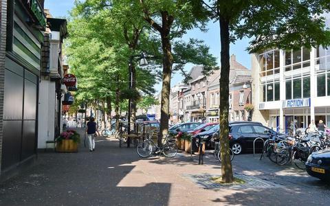 Zodra de parkeergarage aan de Kromme Elleboog in gebruik wordt genomen, mogen er geen auto's meer parkeren op het Prinsenplein.