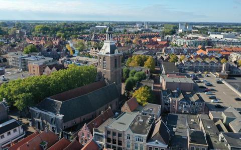 De Grote Kerk in Meppel. De Protestantse gemeente neemt er vanwege bezuinigingen afscheid van.