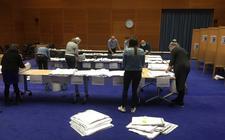 De stemmen worden geteld in het Stadhuis in Meppel.
