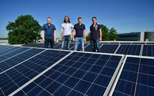 Bij Boom Laboratoriumleverancier komen in totaal 724 zonnepanelen op het dak te liggen.