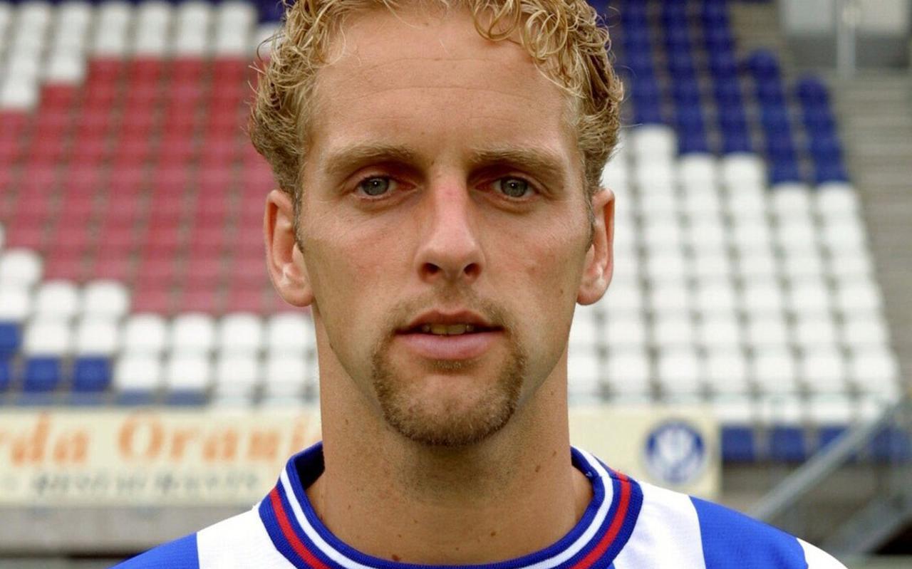 Een foto uit het eredivisieseizoen 2001-2002: Ronny Venema, als speler van SC Heerenveen.