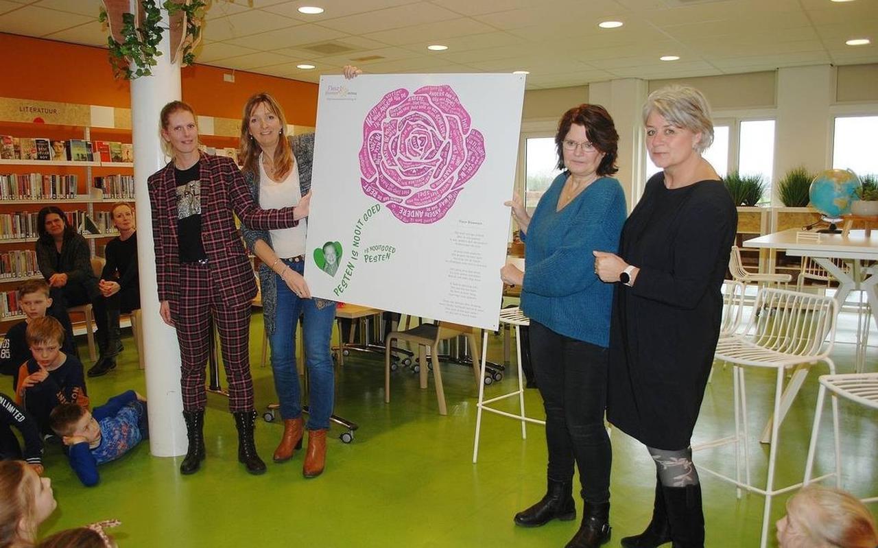 Bij IKC De Horst is - net als bij veel andere scholen en verenigingen in Meppel en omgeving - een gedichtenbord van Fleur Bloemen Stichting geplaatst.