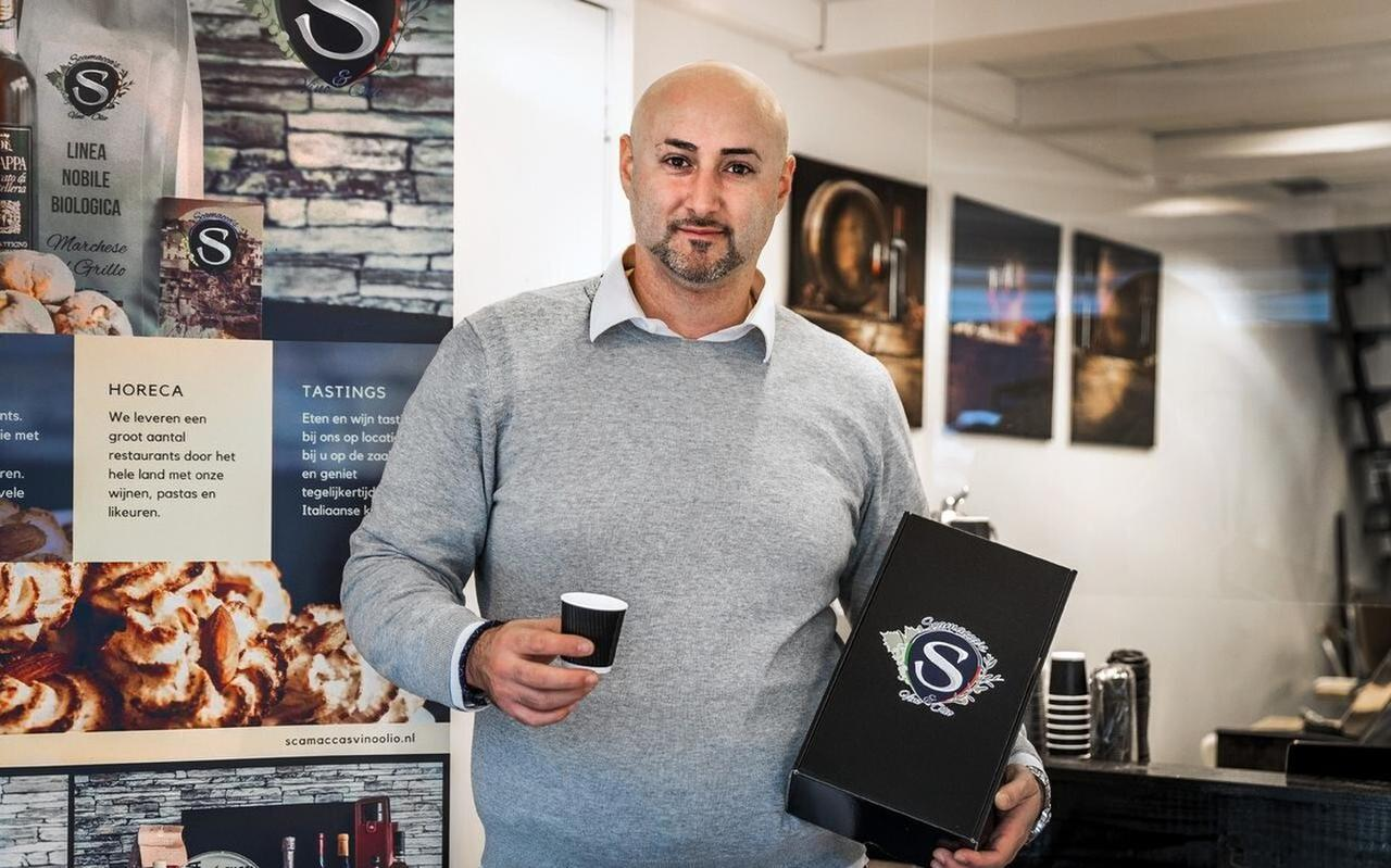 Steve Scamacca heeft Scamacca Vino & Oil geopend in de Hoofdstraat.