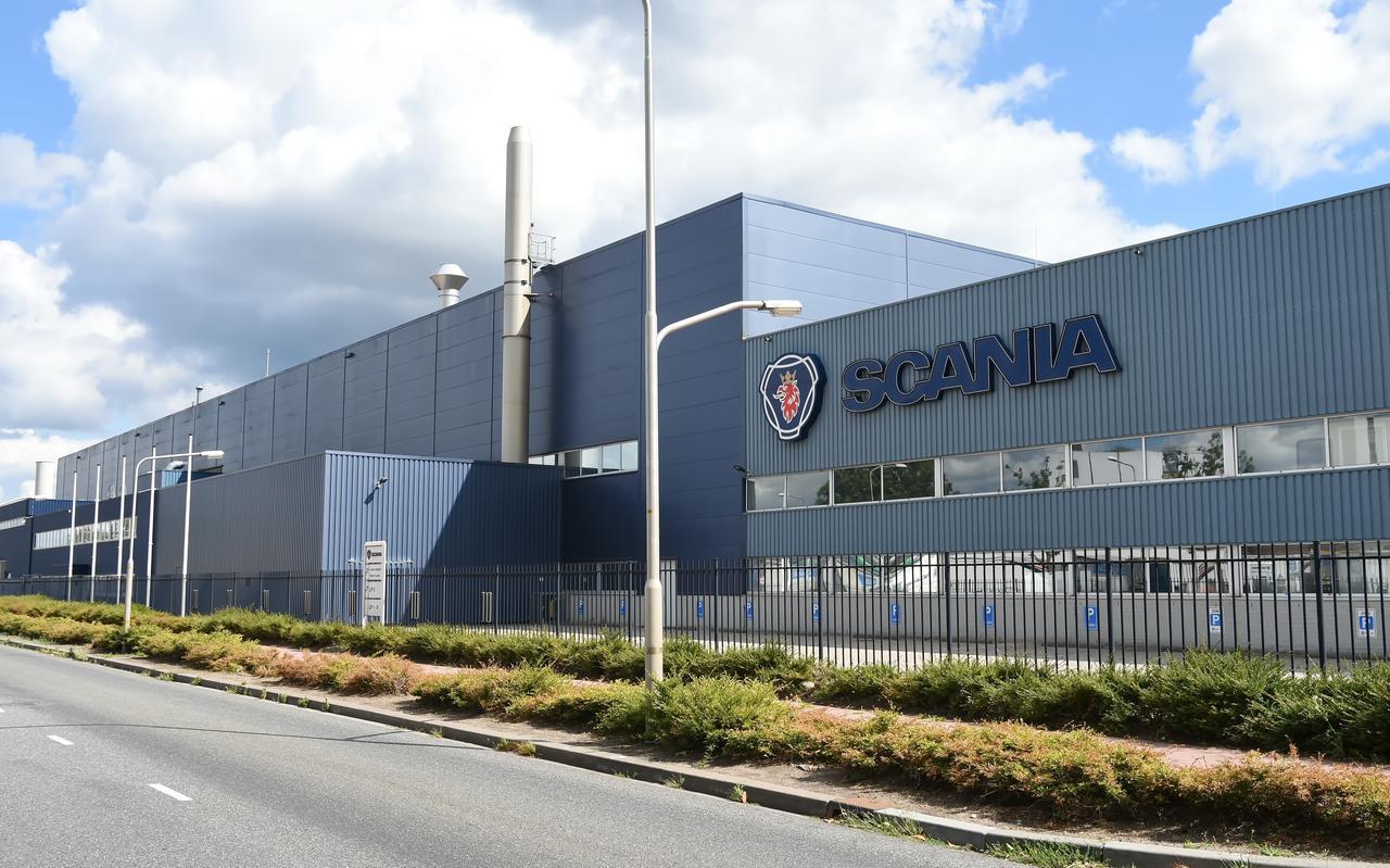 Scania legt opnieuw groot deel productie in Meppel en Zwolle stil.