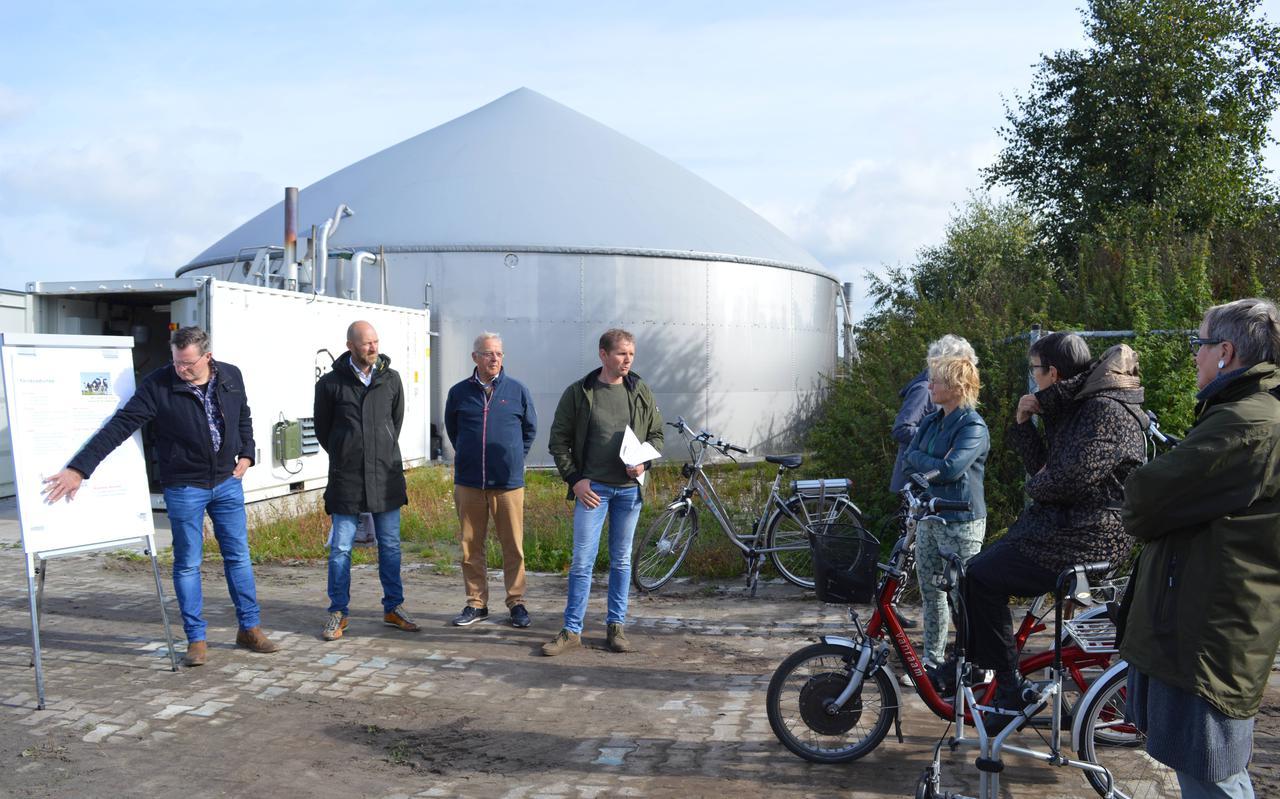 De unieke biogasplannen van de regio Koekange-Echten werden zaterdag gepresenteerd aan het voltallige college van B en W van De Wolden en aan Commissaris van de Koning Jetta Klijnsma.