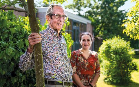 Adriaan Meij en Hayat El Mahjoubi richten samen Stiching Klassiek Drenthe op.