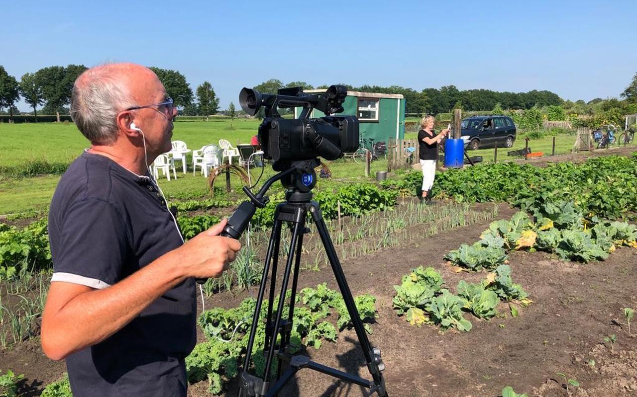 Evert-Jan Pasman van Vechtdal TV maakt opnames.