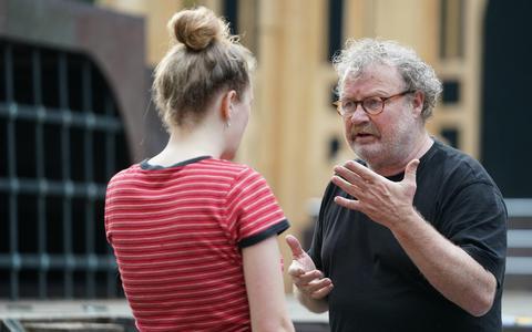 Jack Nieborg tijdens de repetities voor Macbeth + Comedy Of Errors.