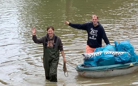 Harry Huisjes en Janet Scheper uit Meppel runnen een brasserie in het Zuid-Belgische Ouren en zagen hoe het water alles overnam.