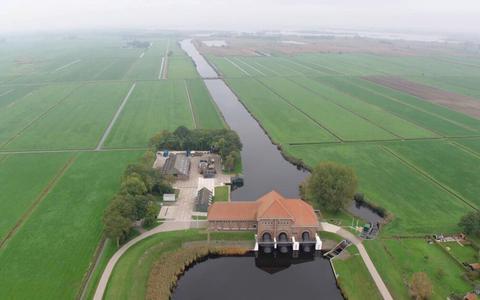 Luchtfoto van Gemaal Stroink en het Ettenlandsch Kanaal.